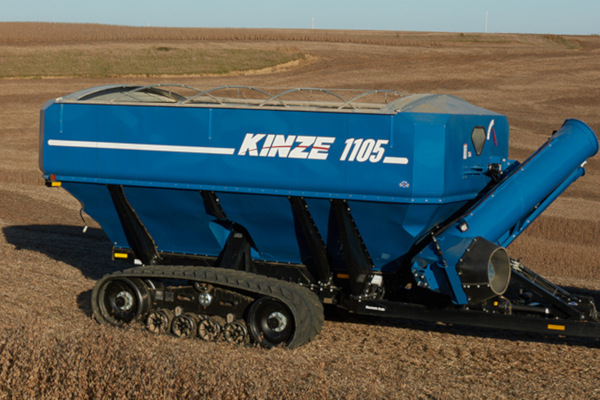 Kinze-GrainCart-1105-2019.jpg