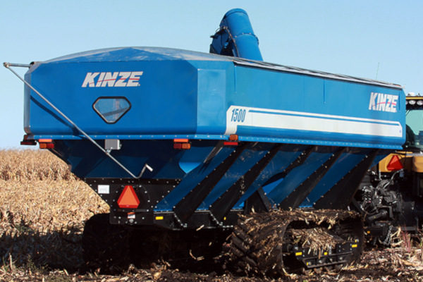 Kinze-GrainCart-1500-2019.jpg