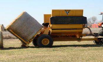 Vermeer Agriculture, Harvesting and Field Maintenance » Bruna