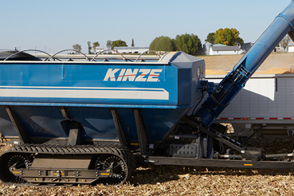 CroppedImage600400-kinze-Model1100-graincarts.png